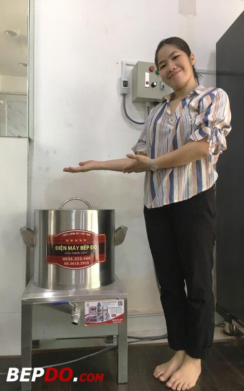 khách hàng hoàn toàn hài lòng và tin tưởng chất lượng nồi nấu phở điện bếp đỏ