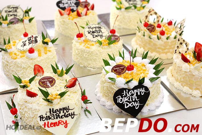 bánh kem chhúc mừng sinh nhật nhỏ đẹp dễ thương